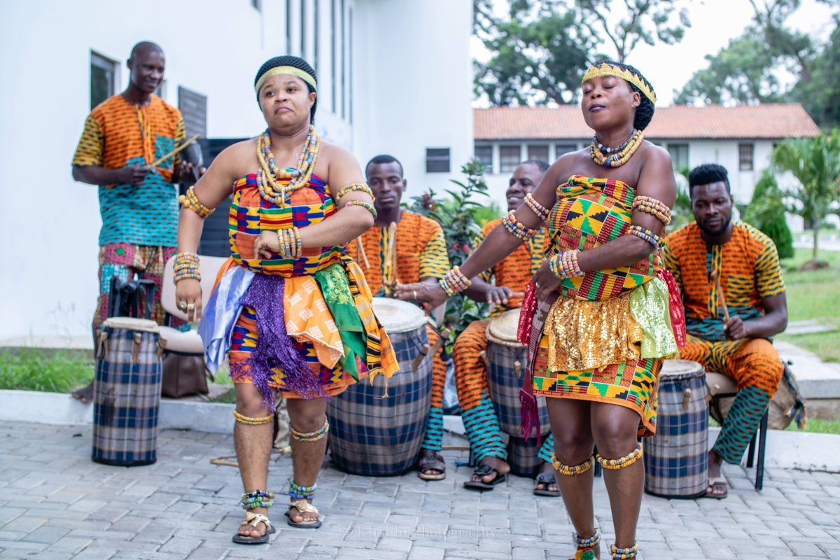 Traditional Ghanaian dancers