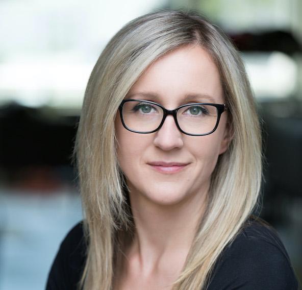 Headshot of Ewa Jodlowska