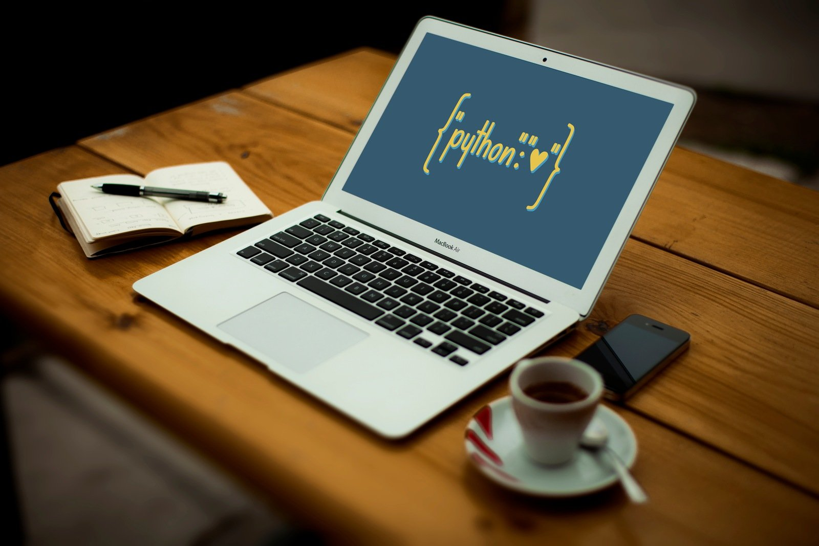 """Python Heart Dictionary"" Python Wallpaper"